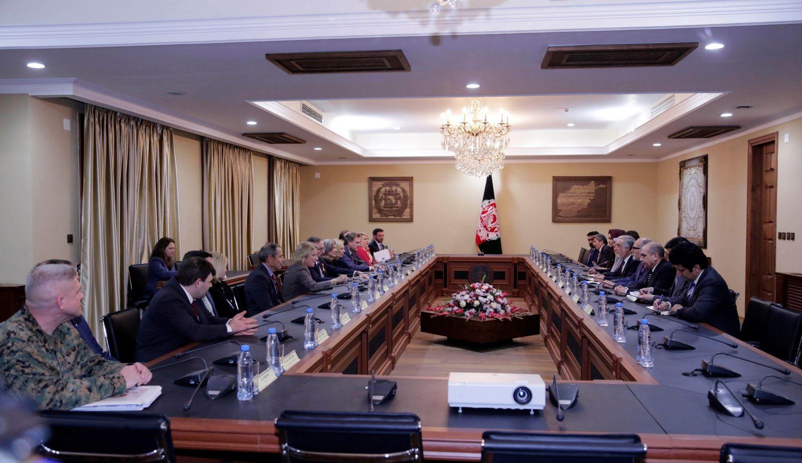 رییس اجراییه در دیدار با هيأت عالي رتبهی کانگرس: آینده انتخابات و دموکراسی در افغانستان به انتخابات ۲۰۱۹ وابسته است