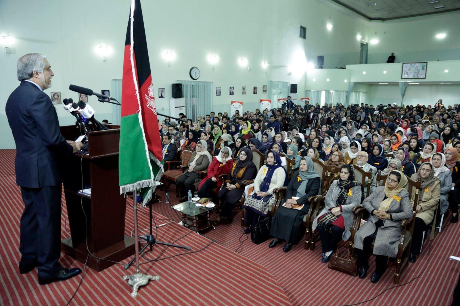 دکتور عبدالله عبدلله: توسعه پایدار بدون مشارکت زنان امکانپذیر نیست