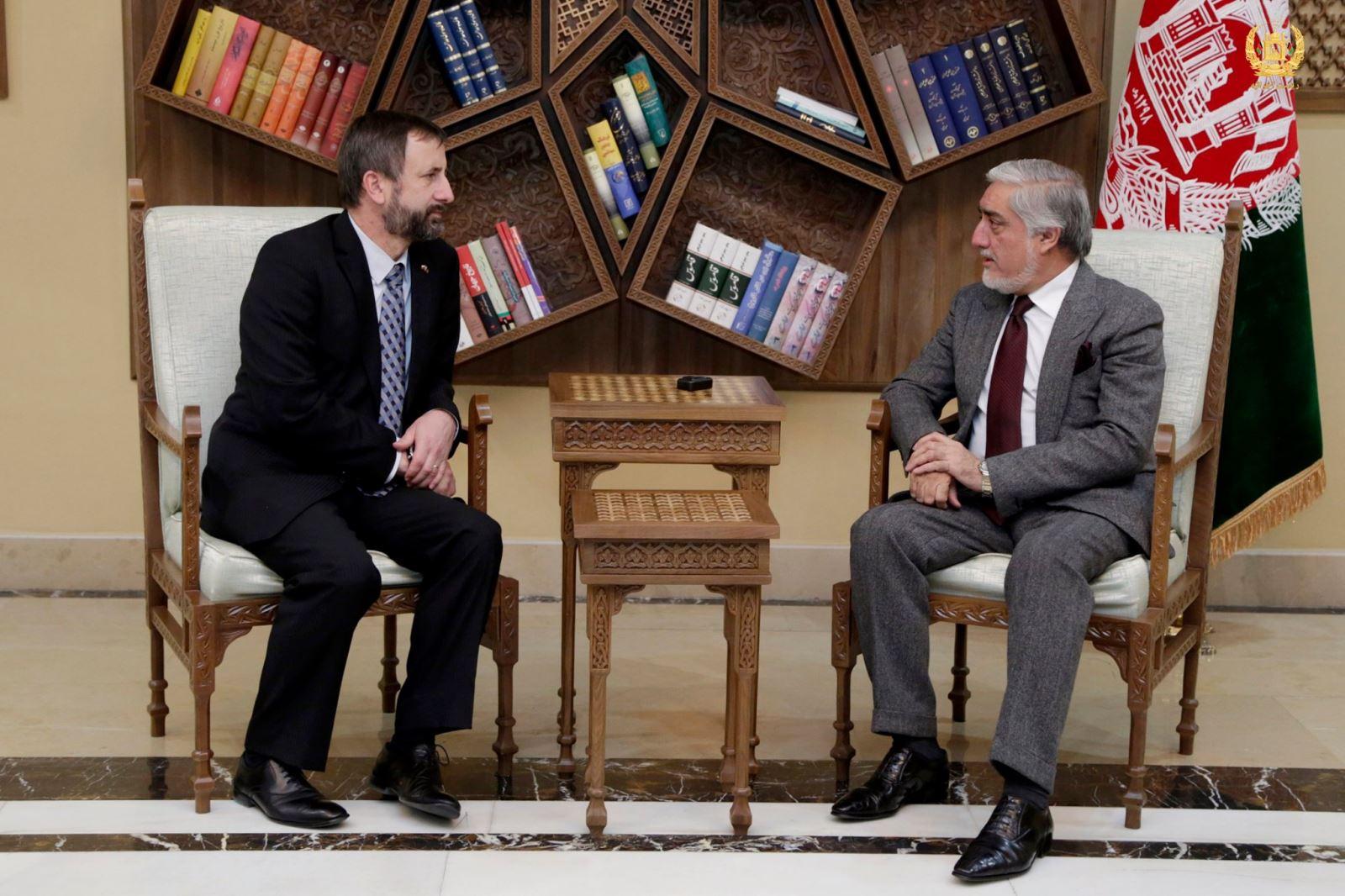 رییس اجراییه با سفیر جمهوری چک ملاقات تودیعی کرد