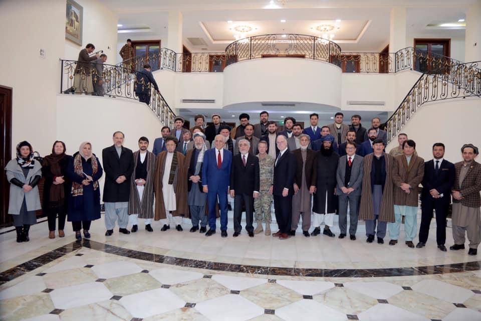 صلح خواست و نیاز مردم افغانستان است و ما از تلاشهای صلح حمایت میکنیم